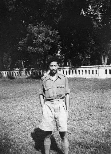Young Ming (James) Wong in India